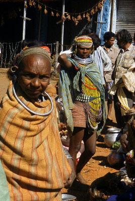 Bondo women at the market